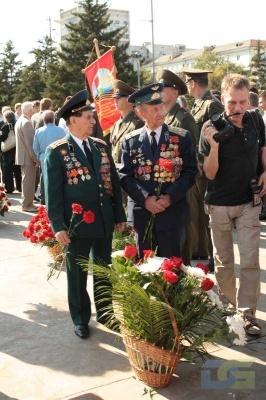 Возложение в честь окончания Второй мировой войны 2.09.2010-5