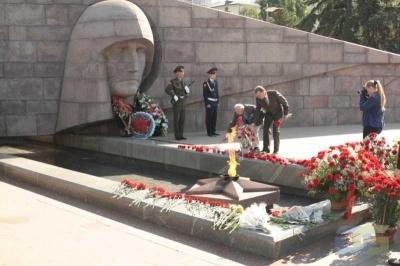 Возложение в честь окончания Второй мировой войны 2.09.2010-16